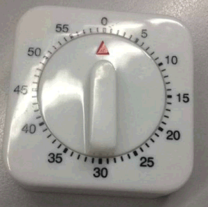 Simple Design Mechanic Timer Plastic Material pictures & photos