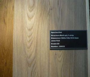 UV Finished Engineered Oak Solid Wood and Hardwood Parquet Flooring pictures & photos