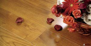 8mm AC3 AC4 Grade Laminate Flooring pictures & photos