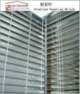 Ladder String, Cord Control, Metal Head Rail/Manual Aluminium Venetian Blinds pictures & photos