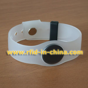 LF/HF RFID Silicone Wristband (15) pictures & photos