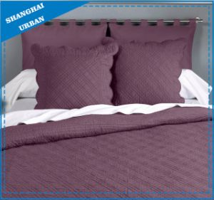 Claret Violet Ultrasonic Polyester Bedspread Set pictures & photos