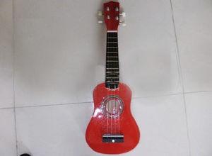Ukulele / Popular Grade Ukulele-Musical Instrument pictures & photos