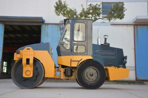6 Ton Double Drum Vibratory Roller Machinery (YZC6) Wheel Loader pictures & photos