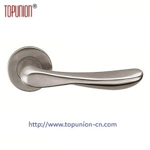 High Security Ss304 Lever Door Handle (CLH031) pictures & photos