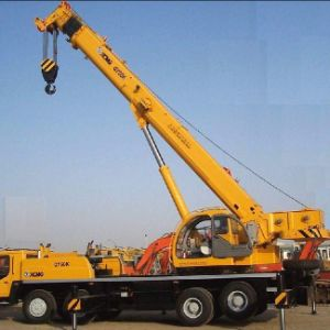 Crane Tipper Truck pictures & photos