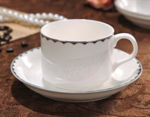 Classic Porcelain Coffee Mugs with Saucer