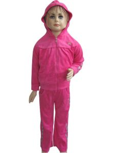 Custom Girl′s High Quality Jogging Suit with Hood pictures & photos