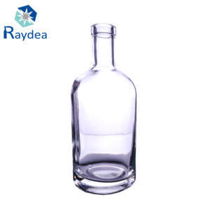 750ml Vodka Glass Bottle in Flint Glass with Stock pictures & photos