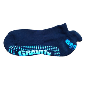 Men Women Cotton Anti-Slip Sports Socks for Trampoline (as-08) pictures & photos