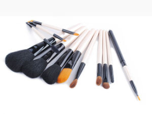12 Pieces Black Peony Series White Handle Animal Hair Makeup Brush pictures & photos