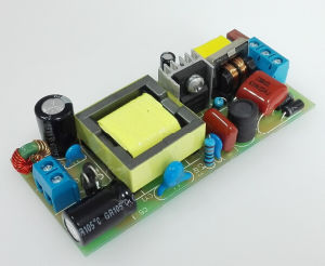 30W 600mA Isolated LED Power Supply with 0.95 Pfc and CE/EMC pictures & photos
