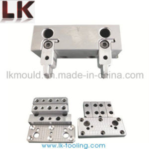 Compound Die Plastic Injection Mould with Best Service pictures & photos