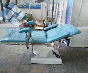 Electric Examination Couch Gynaecological Bed pictures & photos