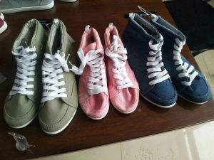 Women/Lady Canvas Shoes, Women/Lady Casual Shoes. Women/Lady Shoes, 13000pairs, Only USD1/Pairs pictures & photos