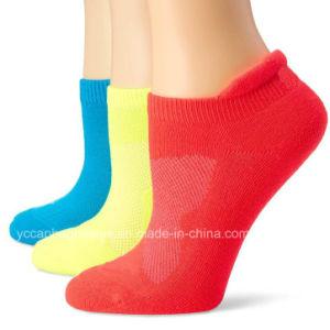 Customized Fashion Cotton Women Mens Socks pictures & photos