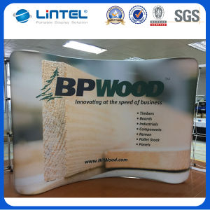 Curved Tension Fabric Pop up Display Stand (LT-24) pictures & photos