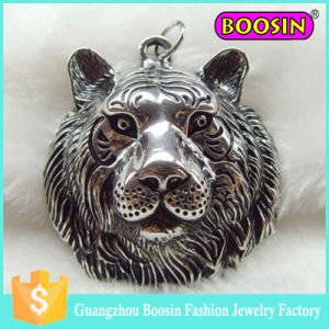 Custom Silver Wild Animal Jewelry Antique Pendant Lion Charm pictures & photos
