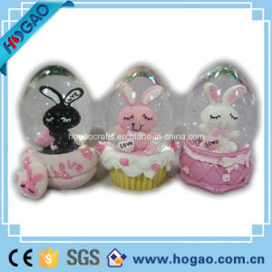 Polyresin Rabbit Snow Globe (HG175) pictures & photos