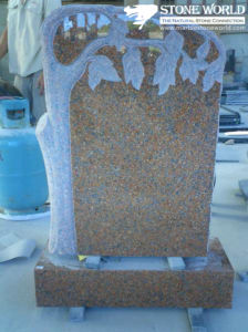 Beautiful Flower Scuptured Granite Tombstone pictures & photos