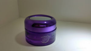 The Purple Cosmetic Packaging Glass Bottle Qf-047 pictures & photos
