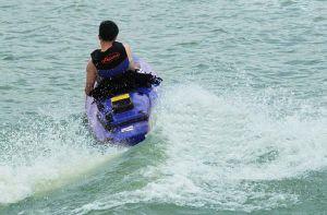 Fishing Boat Jet Engine Powered Kayak Rubber Kayak pictures & photos