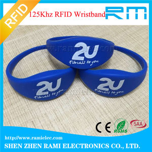 NFC RFID Chip Silicone Wristband Ntag213 Chip for Events pictures & photos