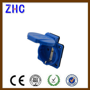 16A 2p+E European Industrial Power Adaptor Schuko Socket pictures & photos