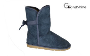Women′s New Arrival Microfiber Winter Boots with Bow pictures & photos