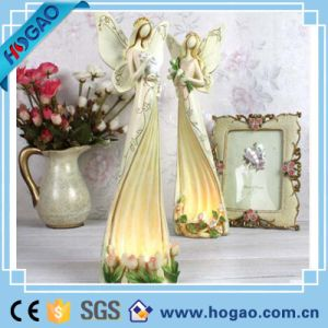 New Design Tabletop Resin Angel Candle Holder for Home Decor pictures & photos