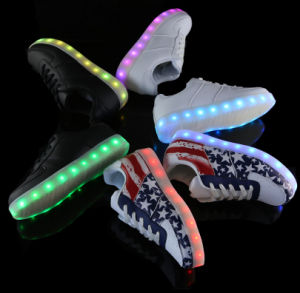 2016 New Fashion and Hot Sale LED Shoes with USB Recharge pictures & photos