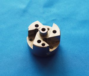 Custom-Made CNC Machine Part with Turning and Milling Processing pictures & photos