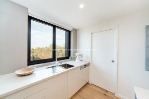 Modern Properties Kitchen Application Sliding Aluminium Windows pictures & photos