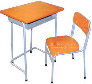 Sf-47f Guangzhou Manufacturer Wood Middle School Student Desk and Chair pictures & photos
