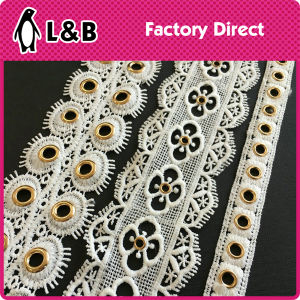 Latest Design Decorative Gold Metal Grommet Eyelet White Polyester Lace Trimming pictures & photos