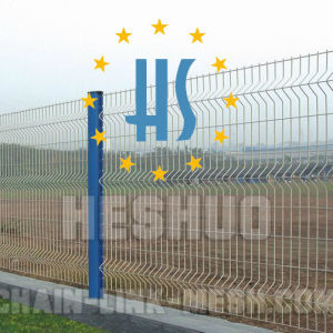 Blue & White PVC Coated Welded Mesh Fence pictures & photos