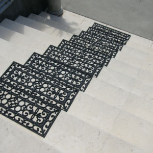 Anti Slip Non Skid Outdoor Recycled Rubber Stair Tread Mats pictures & photos
