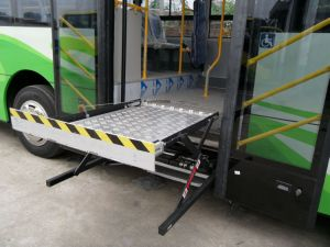 CE Scissor Wheelchair Lifts Hydraulic Wheelchair Lift for Bus pictures & photos