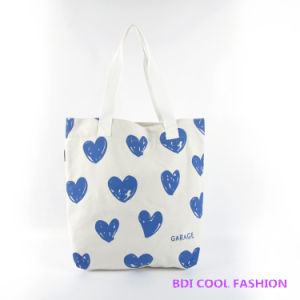 Red Heart Printed Canvas Bag (B14802) pictures & photos