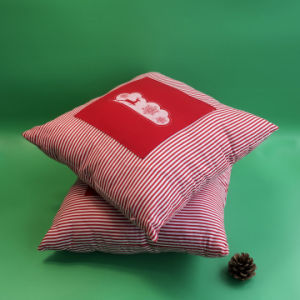 En71 Standard New Christmas Jingle Bell Cushion in Cotton pictures & photos