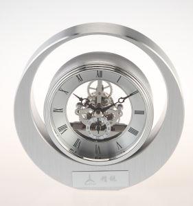 Conda Metal Round Quartz Desktop Clocks