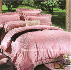 Factory Direct Sell Gold Silk Bedding pictures & photos