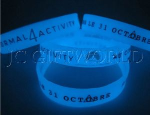Custom Promotion Glow in Dark Silicone Wristband Bracelet