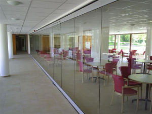 Movable Glass Wall, Frameless Glass Wall pictures & photos
