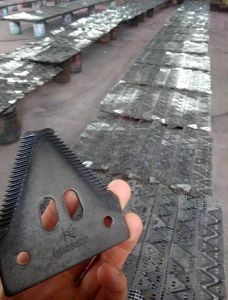 Combine Harvester Blade Used on Cnh pictures & photos