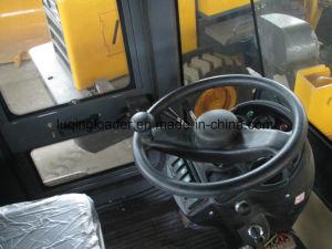 Medium-Size Wheel Loader pictures & photos