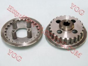Yog Motorcycle Spare Parts Clutch Center Dy-100 pictures & photos