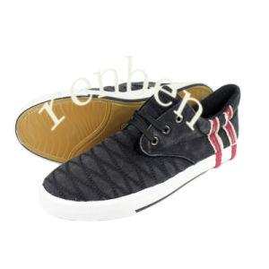 New Arriving Design Men′s Canvas Shoes pictures & photos