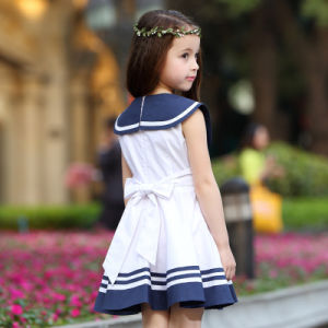 Custom Stylish Pleated Dress Girls School Uniform Design Primary School Girls Pinafore pictures & photos
