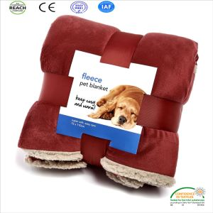 New Arrival Promotional 100% Polyester Soft Embroidery Dog Fleece Throw Pet Blanket pictures & photos